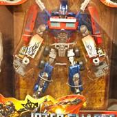 Робот -трансформер «Inter change» - Бамбл Би и Оптимус Прайм,арт.4088