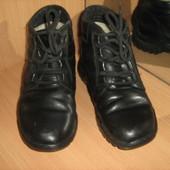 Ботинки зимние кожаные 38 р.