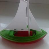 парусник кораблик