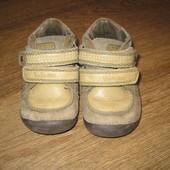 Фирменные, не убиваемые, кожаные демисезонные ботиночки ф. D.D. Step! В идеальном состоянии!