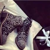Модные текстильные ботинки  Chanel
