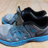 Кроссовки Nike для прогулки во дворе р.33