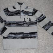 теплий светер у гарному стані
