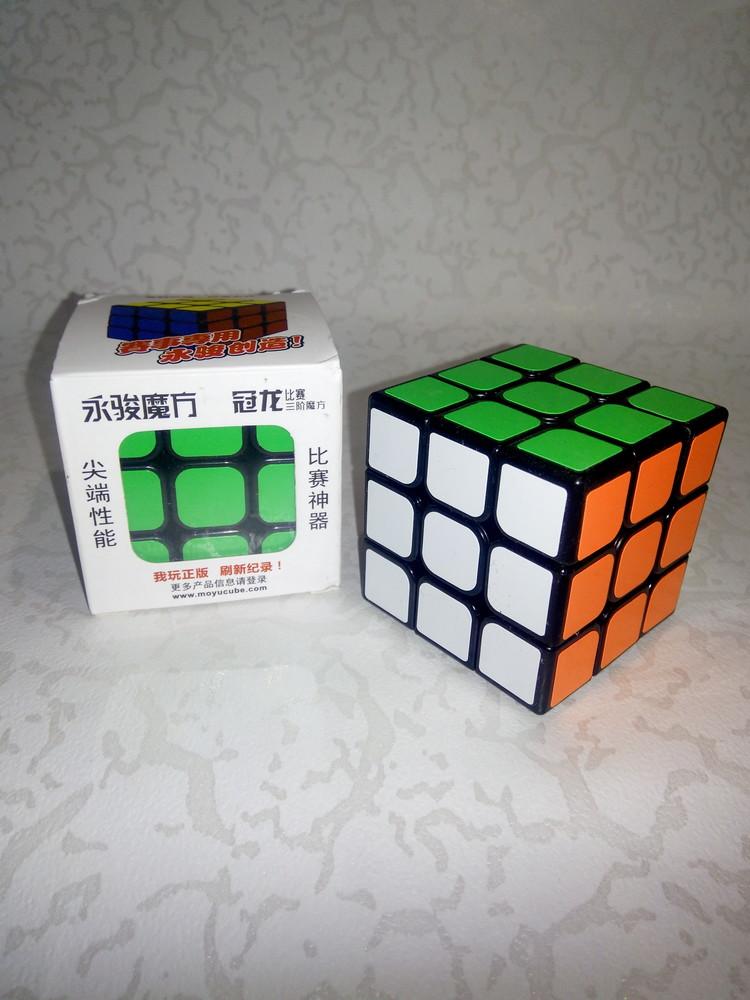 Головоломка кубик рубика 3х3 moyu guanlong — самый популярный из кубиков рубика фото №1