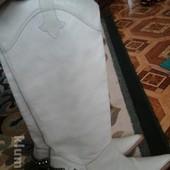 Шикарные кожаные сапоги-козаки, фирменные