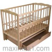 """Детская кроватка для новорожденных """"Малятко"""" с маятниковым механизмом и ящиком"""