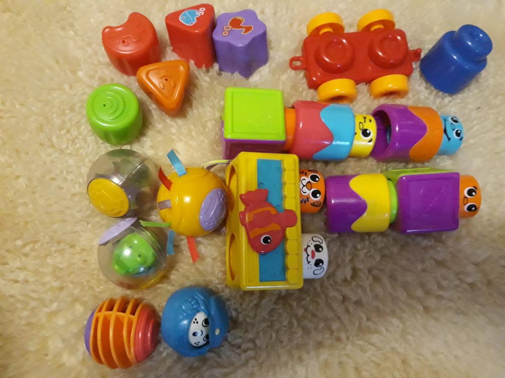 Кубики chicco,сенсорные шарики fisher-price ,блоки fisher-price фото №1