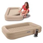 Детская надувная односпальная кровать.