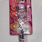 Часы Monster High