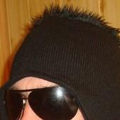 Фірмова стильна шапка шапочка .Унісекс .