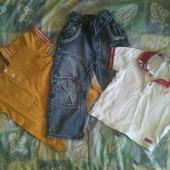 крутые джинсики на мальчика + две футболки поло на 2-3 лет