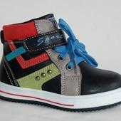 Демисезонные ботинки Y.TOP черные и синие