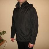 Куртка, ветровка Hugo Boss, оригинал, размер М (на L хороша)  на фурнитуре выбиты логотипы водонепро