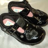 Туфельки Clarks 4 G