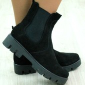 Ботинки замшевые черные демисезонные .Наличие