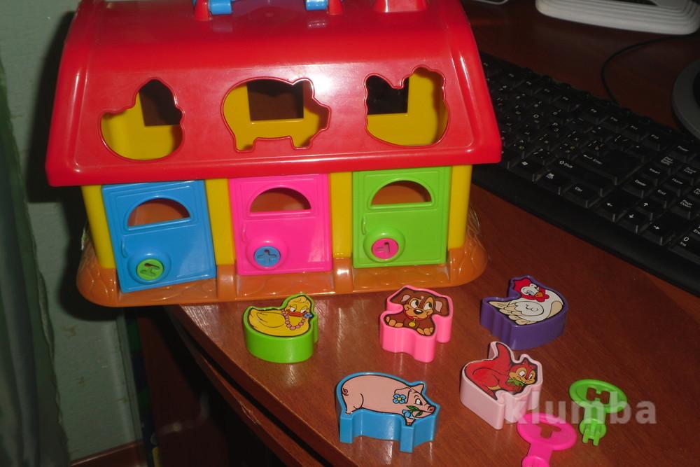 Увлекательный домик сортер с ключиками фото №1
