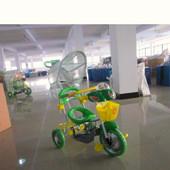 Велосипед трехколесный, детский с родительской ручкой, зеленый (T101)