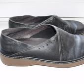 Фирменные женские туфли Clarks  р.5,5 стелька 25 см