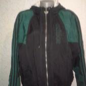 куртка  Adidas  оригинал размер M/L