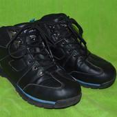Ботинки кроссовки 40 р., 26 см
