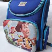 Рюкзак в школу с ортопедической спинкой