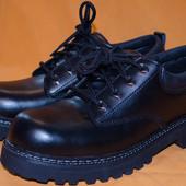 Туфли Skechers очень добротные кожаные . Оригинал