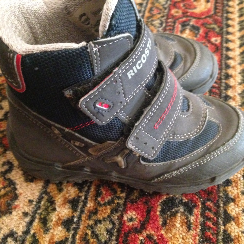 Распродажа брендовой обуви, цена 100 грн - купить Сапоги и ботинки ... 2f9c08f3809