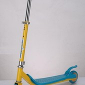 Самокат железо,2 колеса PVC, колёса пер 125мм задн 100мм, голубой,оранж. артикул SC16002