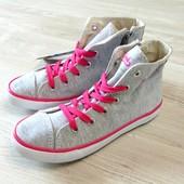 #0083. Новые высокие кроссовки на шнурках для девочки. Pepperts. Размер 33 (11). Стелька 21.5 см.
