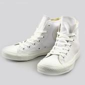 Новые белоснежные Converse на шнурках. Размер 37 (4). Стелька на ногу 24-24.5 см.