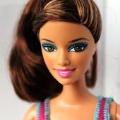 Шарнирная кукла Барби Тереза из серии Fashionista