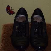 Туфли женские 37р с шнурками,кожа.