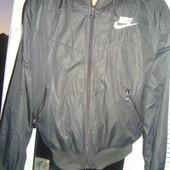 Фірмова курточка .оригінал .Nike.л .Унісекс .