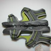 Новые босоножки F&F р 34 стелька 22 см впереди полнота )ширина ) ножки регулируется липучкой     ко