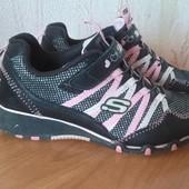 Кроссовки для модницы,Skechers,стелька 20,5-20,7 см.