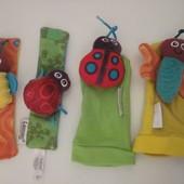 Lamaze Носочки и браслетики с погремушками.