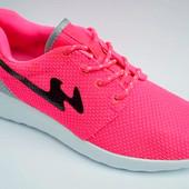 качественные кроссовки реплика Nike Roshe run 36-41р