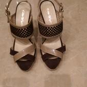 Новые женские босоножки ,бренд Fabio D'Ale,Италия,кожаные,38 размер.Оригинал!