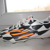 Продам бутсы Adidas 31 р. Оригинал.