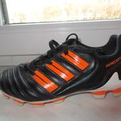 Продам кожаные бутсы Adidas Predator 32 р. Оригинал.