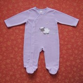 Флисовый человечек на 9-12 месяцев, б/у. Дефект на последнем фото