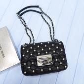 Стёганная кожаная сумочка с жемчужинками Michael Kors sloan small оригинал