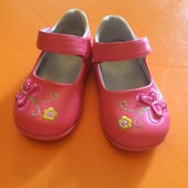 Новые туфельки на девочку, размер 23, длина стельки 13см