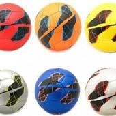 Мяч футбольный PVC 320 грамм, 4 цвета mix. артикул M0102