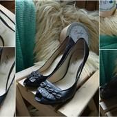 Стильные кожаные туфли с открытым пальчиком Lilly ,р-р 38