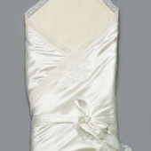 Конверт-одеяло нарядное на выписку для новорожденных