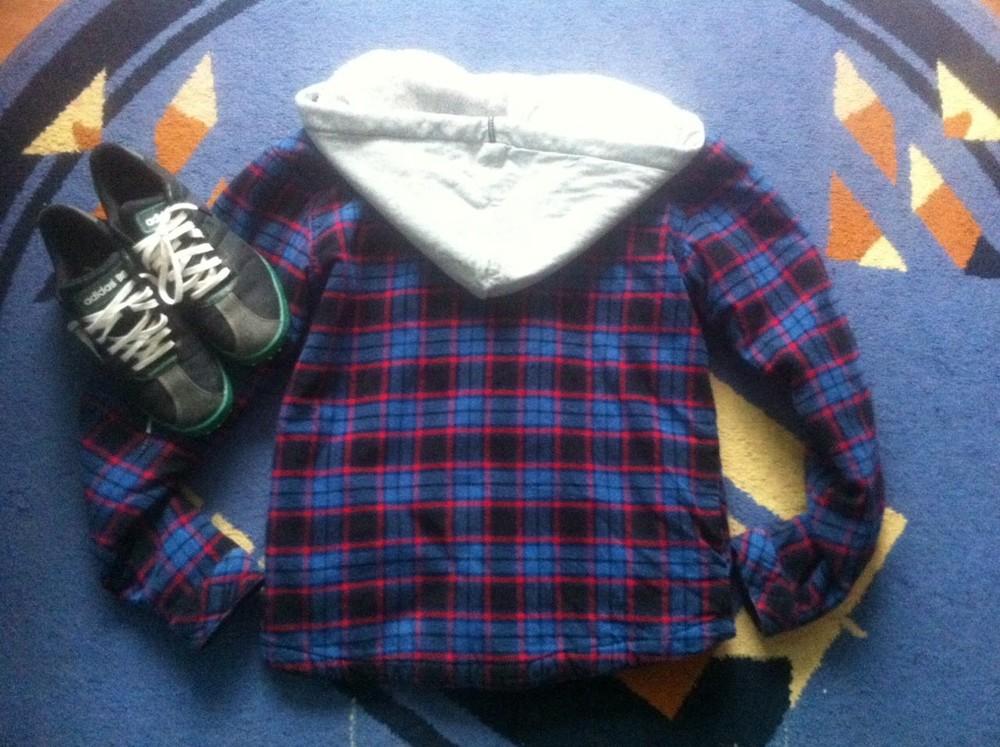 Бомбезна куртка розмір с-м! фото №1