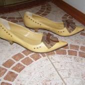 Туфлі 36 розмір шкіра Італія жовті