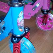 Самокат для детей, колёса светятся, d=14 см,на амортизаторах.