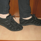 спортивные туфли 38р Ессо